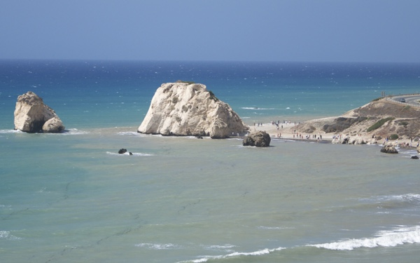 cyprus-paphos-aphrodite-rock
