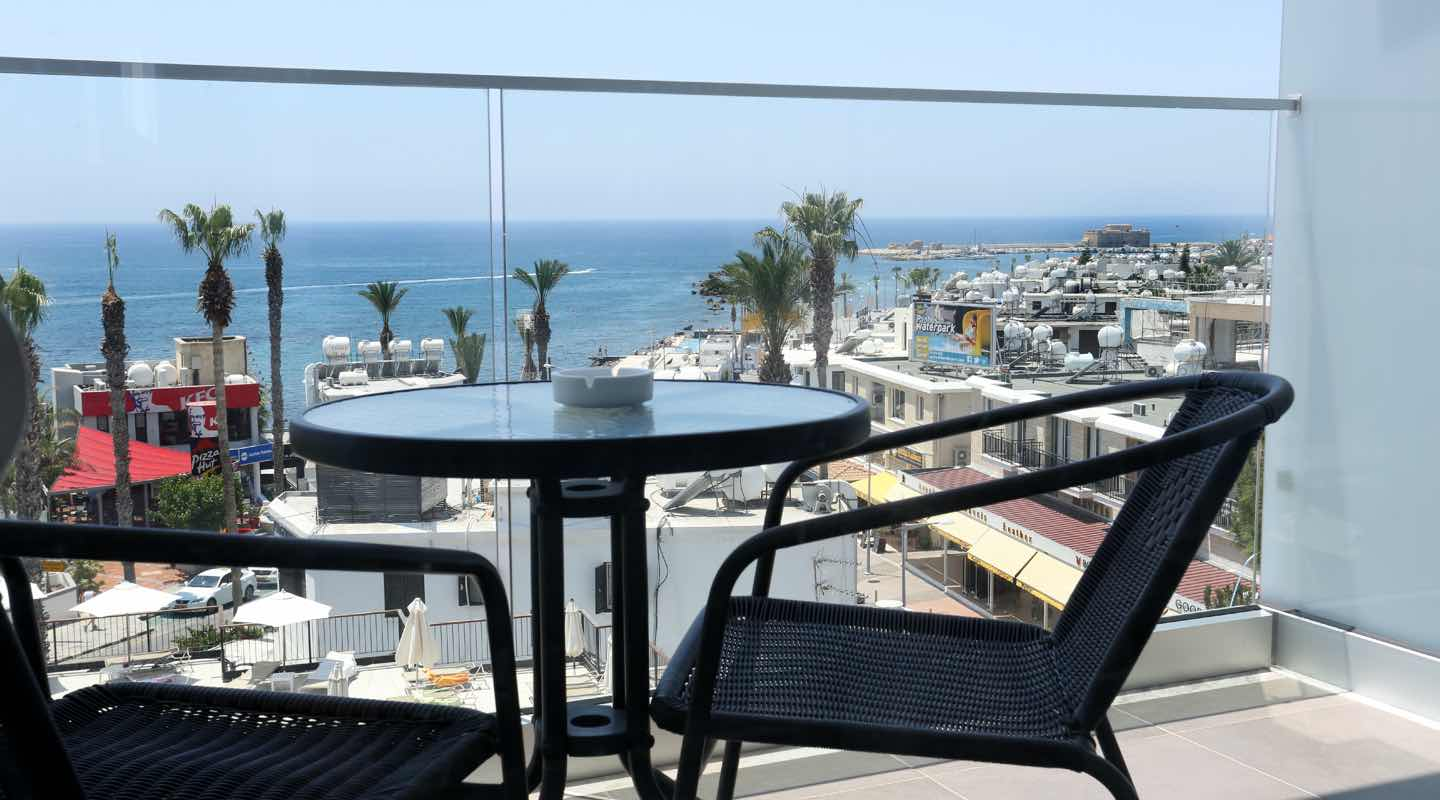 dionysos-central-hotel-paphos-deluxe-room-balcony
